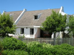 Acadia B&B Guest House, accommodation in Plettenberg Bay, Garden Route, South Africa