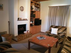 Acadia B&B, lounge with T.V. and DVD, accommodation in Plettenberg Bay